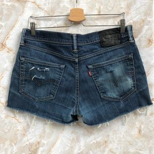 LEVIS 511 Distressed Cutoff Short size 33